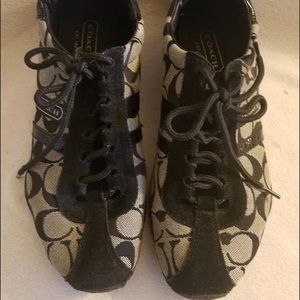 Coach authentic item women runners shoes